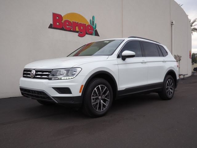 New 2018 Volkswagen Tiguan SE with 4MOTION®