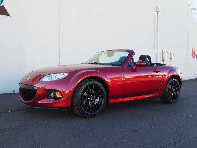 Pre-Owned 2015 Mazda MX-5 Miata Grand Touring